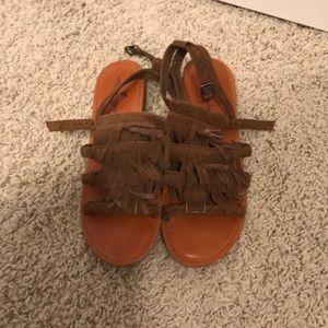 Shoes - American Eagle Sandals